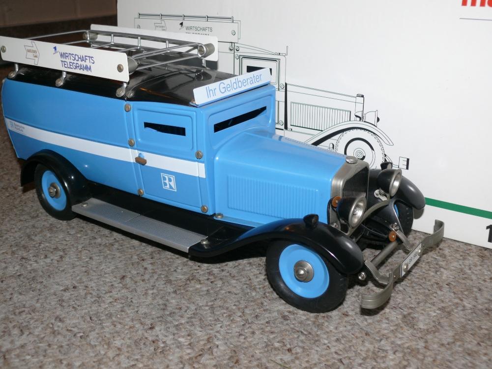 c2 m rklin 1101 retro geldtransporter bayerischer rundfunk. Black Bedroom Furniture Sets. Home Design Ideas